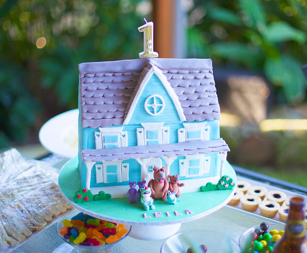 bear in the big blue house cake i made this for my daughte u2026 flickr