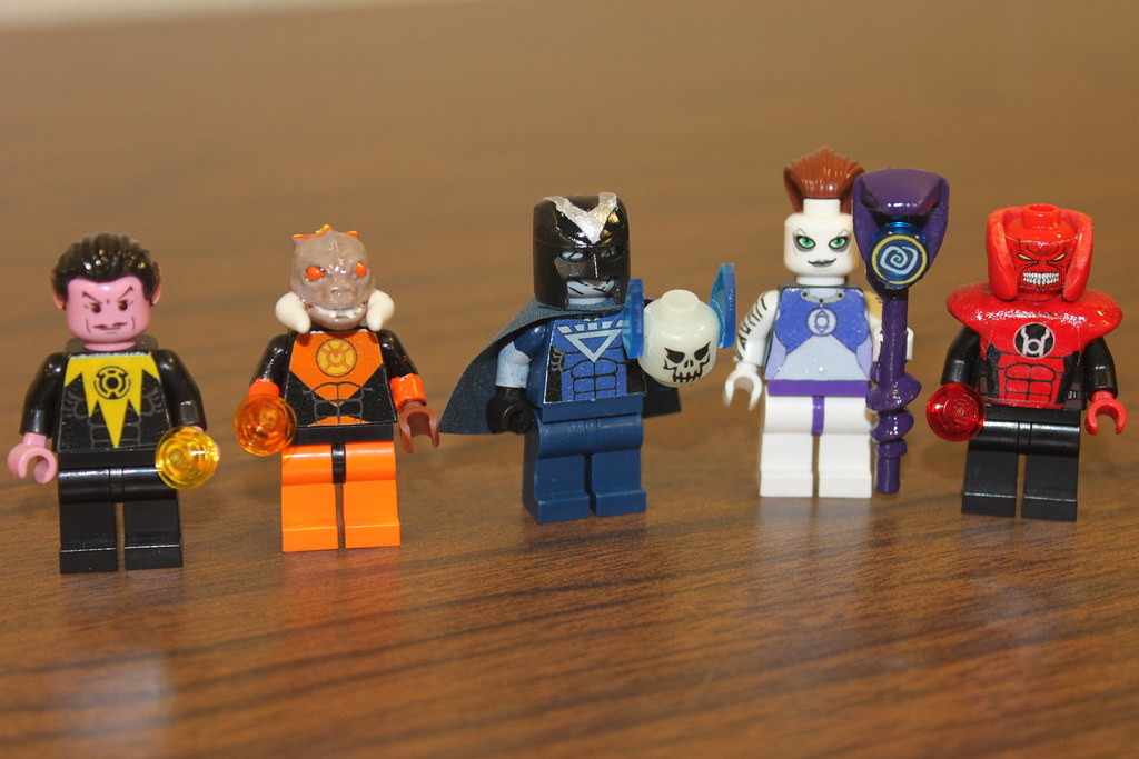 Comic Book Lego Mini-Figures: Alan Moore, Larfleeze, Kick-Ass and More