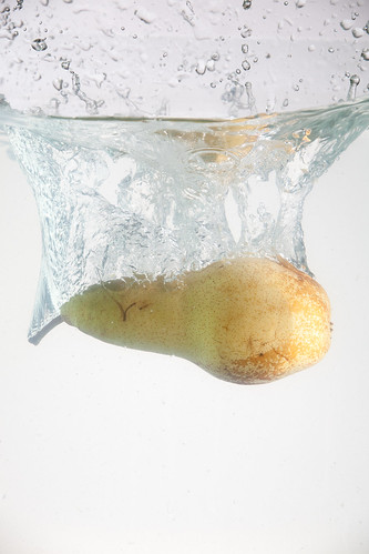 pear aquarium fruit dropping into a small 30 liters bu flickr