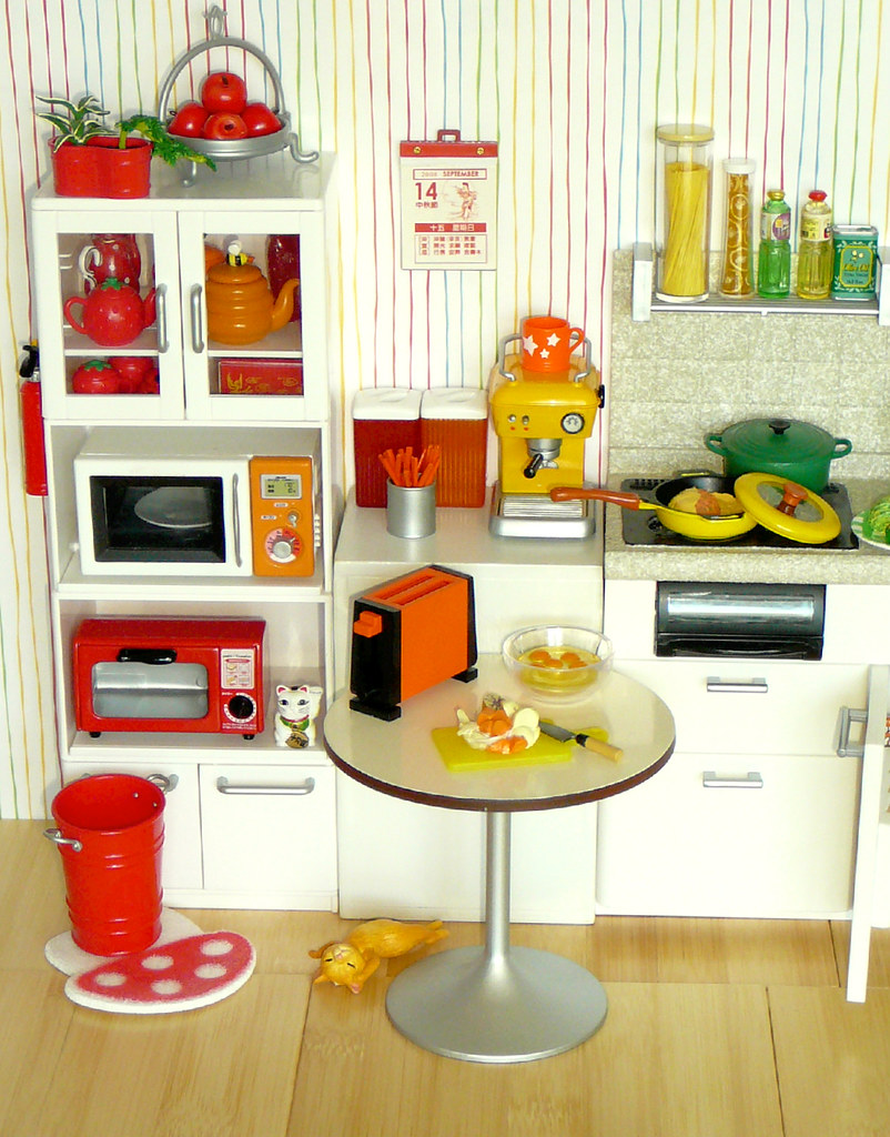 Orange And Yellow Kitchen Re Ment Rainbow Kitchen Red Orange Yellow I Decided To Flickr