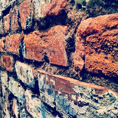 Another #brick in the #wall. #Hanoi #Vietnam #texture | by Clint Hamada