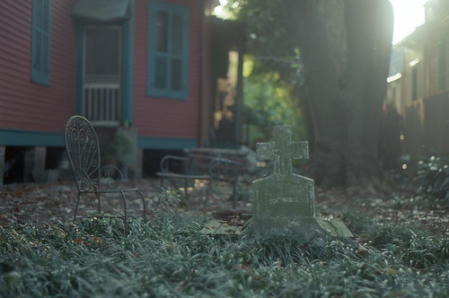 grave(in)yard | by Max Miedinger