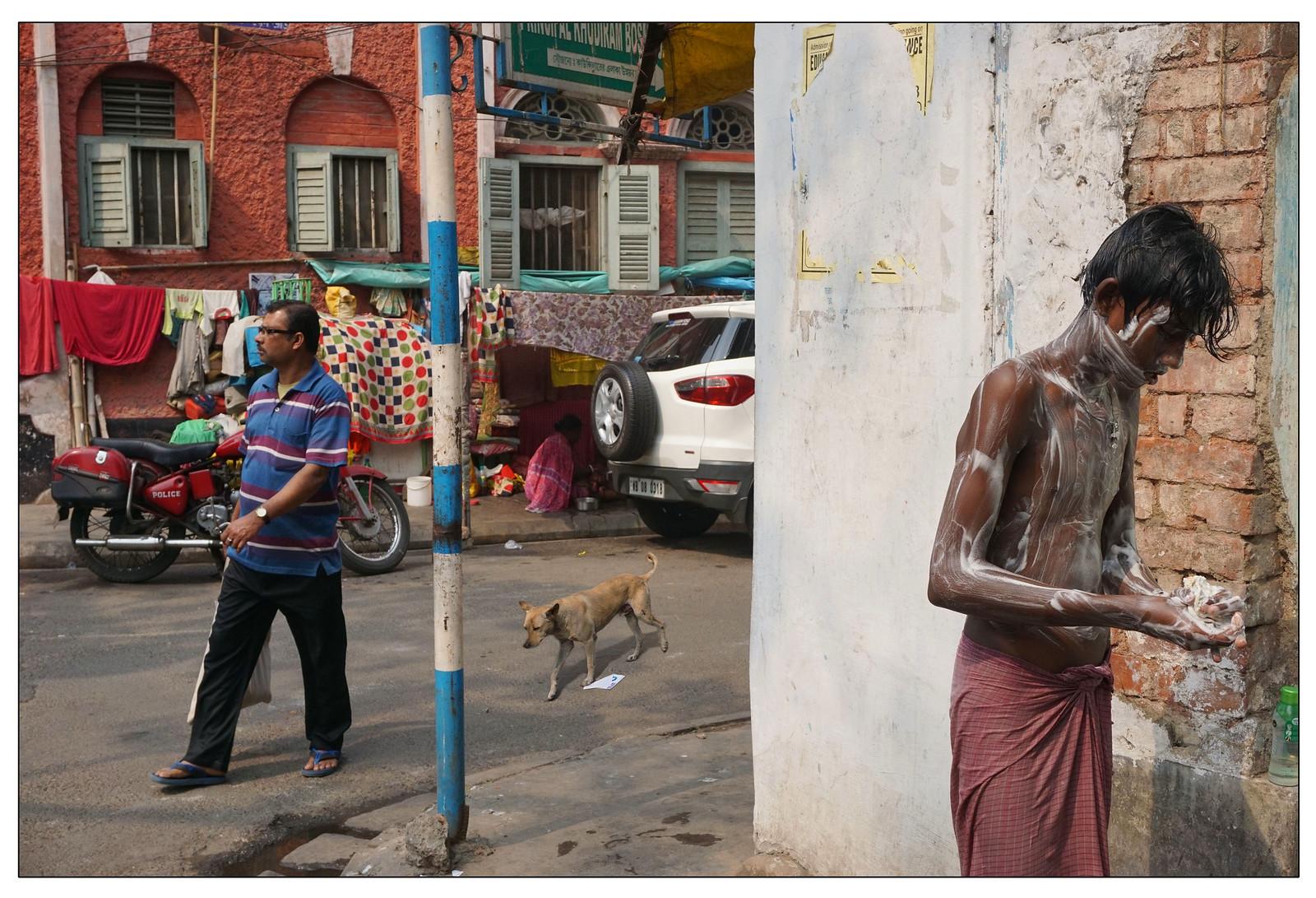 Hatibagan, Kolkata | 2016 | by b i s w a j i t