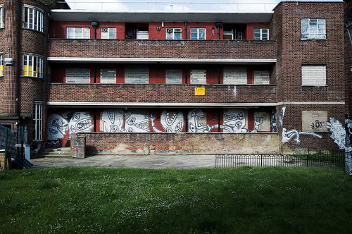 Condemned council estate art   Nazir Tanbouli - The Kings ...