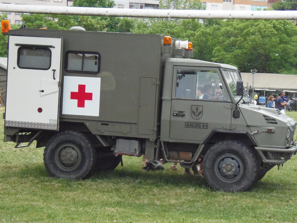 Camion Ligero Iveco Daily 1,5 TN 40 10 WN 4x4 Ambulancia