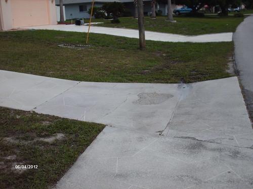 Driveway apron remove replace concrete specialists for Removing concrete driveway