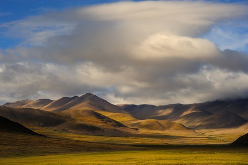 Landscape along the way to Far West Tibet. | by reurinkjan