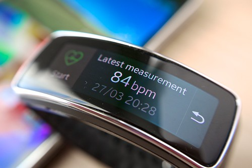 Samsung Galaxy S5 with Gear Fit smartwatch | by Janitors