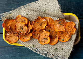 Orange Sweet Potato Baked Chips with Thyme | by Yelena Strokin