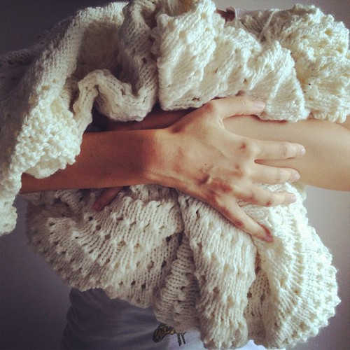 My knitting is this big. Chamamos-lhe Ovelha Avó. | by Ana Isabel Ramos