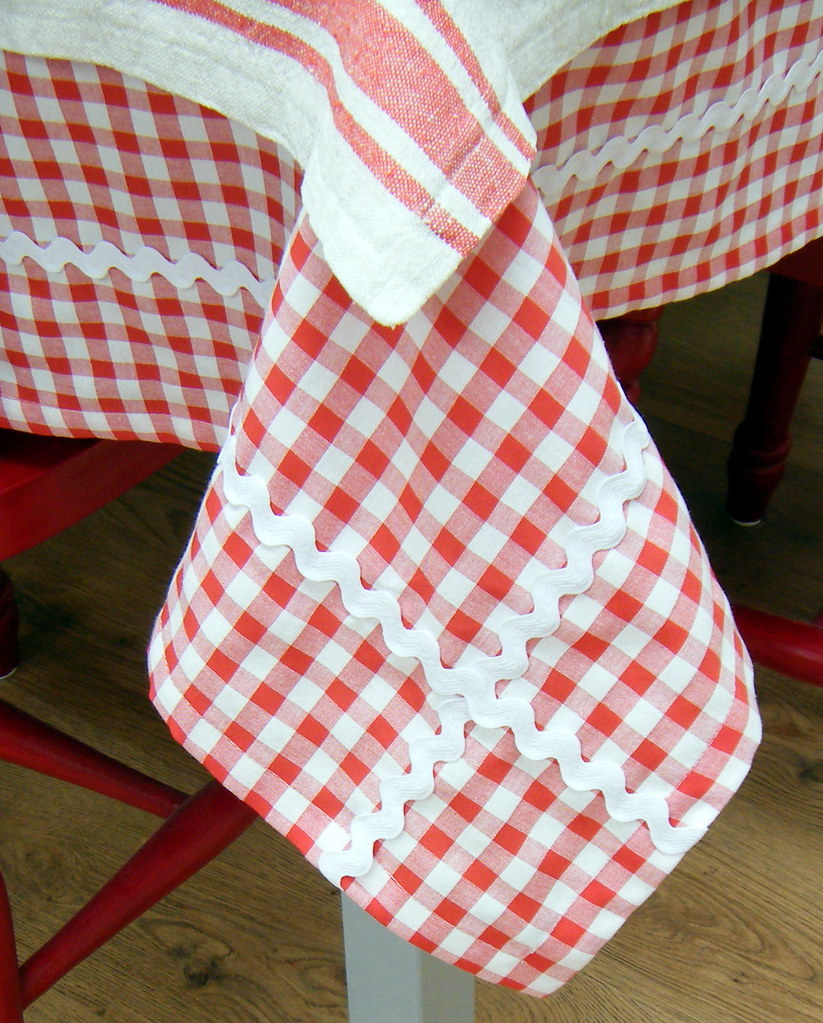 ... Red And White Gingham Tablecloth | By Hand Knitted Things