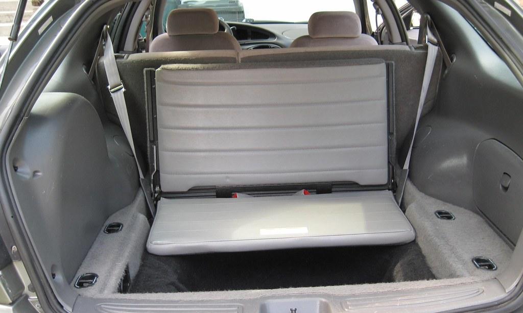 Rear Facing Third Row Seat 2 Belts Kpazsoldan Flickr