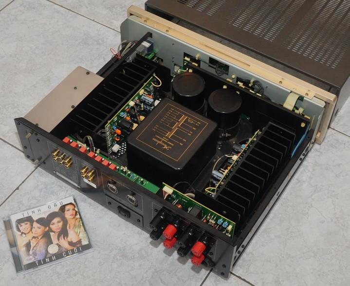 Duda: Yamaha nuevo o Accuphase viejo? 7180771662_baf4066b31_b