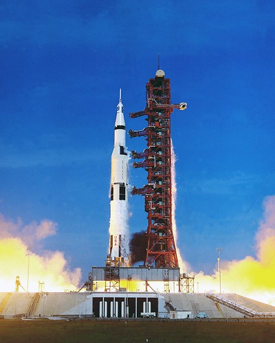 which apollo spacecraft burned on the launch pad - photo #2