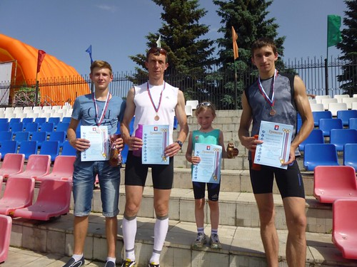 Селивановские легкоатлеты с наградами из Гусь-Хрустального