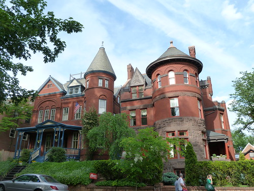 20120501_Georgetown-31stAndQ_HouseWithTower_Cutler_P1220872 | by wlcutler