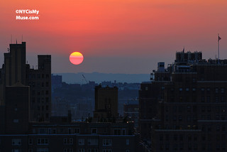 The Day before Manhattanhenge: Pink Ball of fire over the Hudson | by NYCisMyMuse