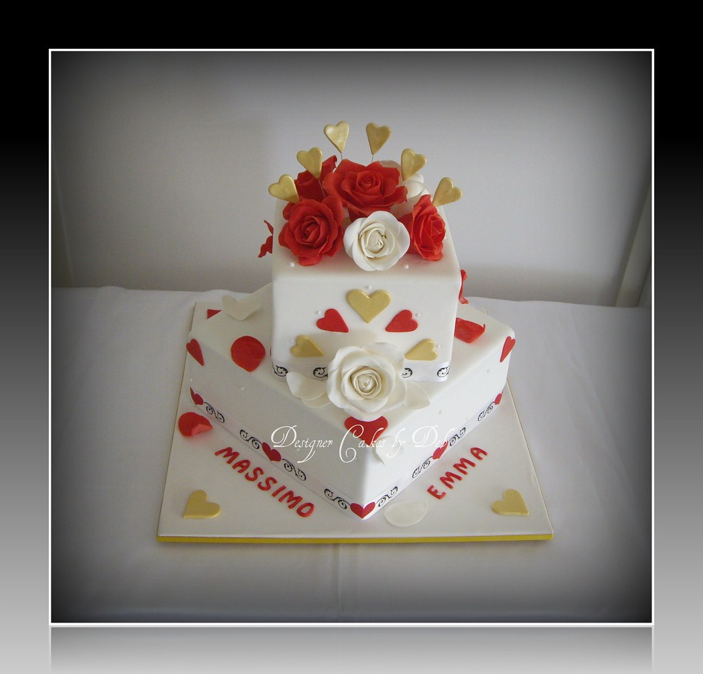 Red White Gold Wedding Cake This Is A Cake Similar To O Flickr