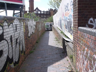 Digbeth Branch Canal - Ashted Tunnel - Lawley Middleway - towpath to the canal - graffiti | by ell brown
