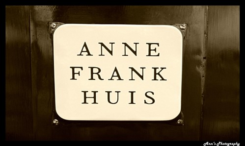 How was Anne Frank's life before World War 2?