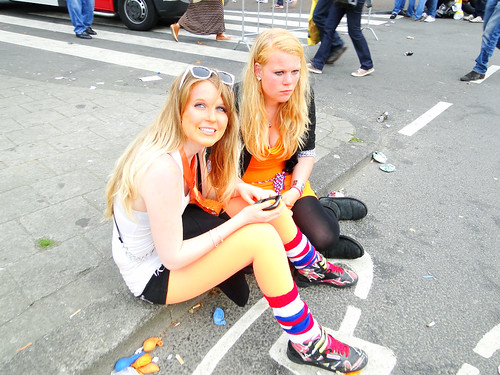 Queensday 2012 - Pale Queens | by AmsterSam - The Wicked Reflectah