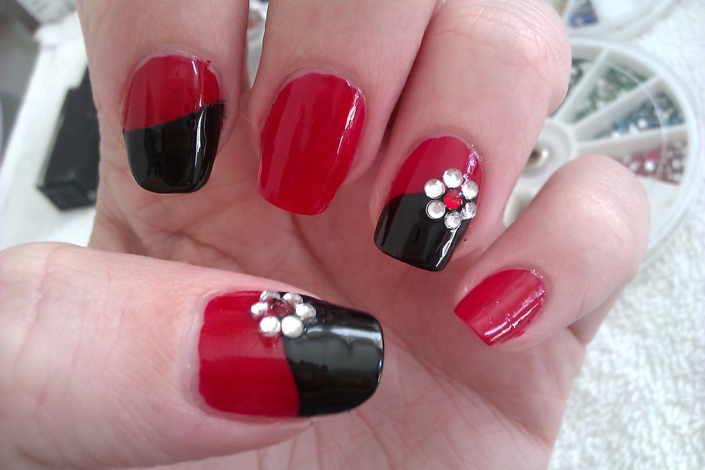 simple diy nail art designs easy red and black nail design with rhinestone flowers