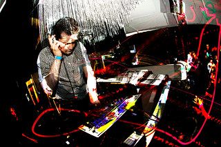 Mondo Indie Pop Dance Party At The Cameo Gallery Nyc Po Flickr