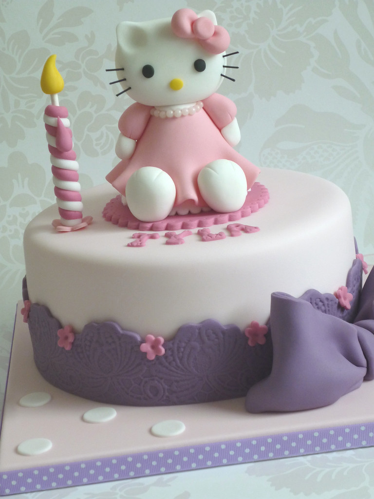 Hello Kitty birthday cake Birthday cake for a five year ol Flickr