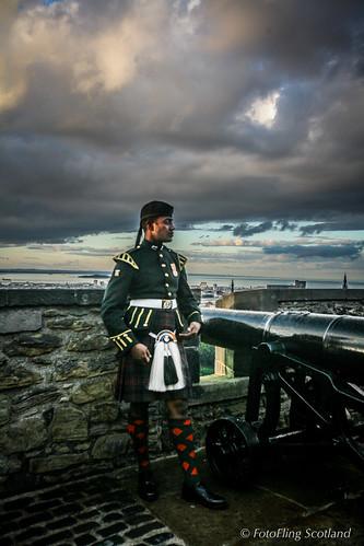 Edinburgh military tattoo performer edinburgh castle for Scotland military tattoo