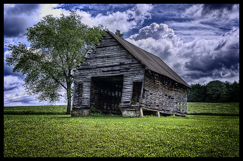 Buttermilk Falls Old Barn | by jacob.caddy
