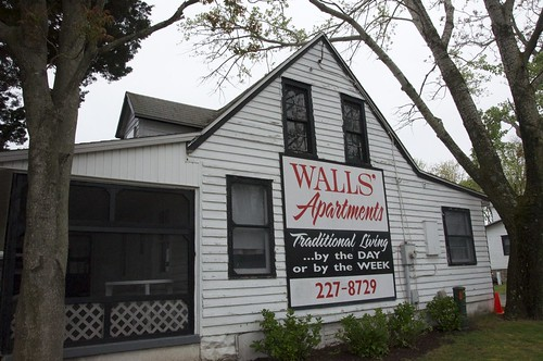 Walls' Apartments and Cottages Rehoboth Beach DE Retro Roadmap | by Mod Betty / RetroRoadmap.com