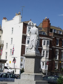 Sir Henry Edwards statue - The Esplanade, Weymouth | by ell brown