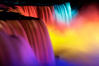 Niagara Falls - Colorful Close Up | by Wolfgang Staudt