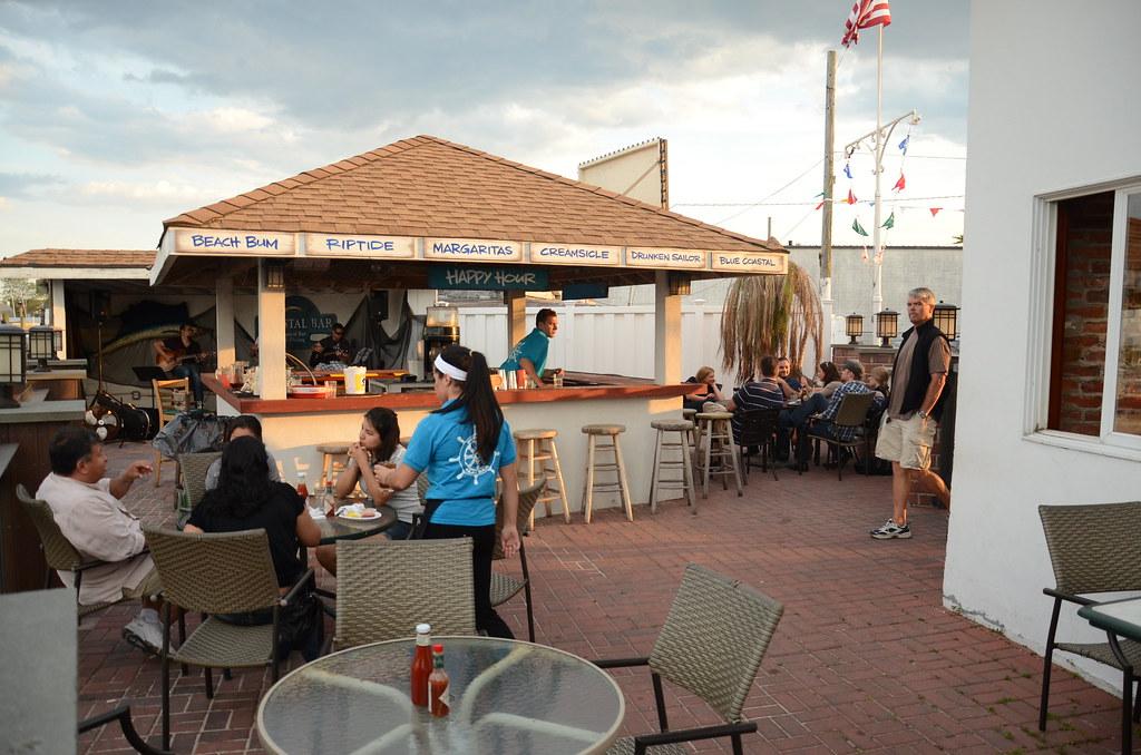 Peter's Clam Bar   Island Park, NY   www eastofnyc com