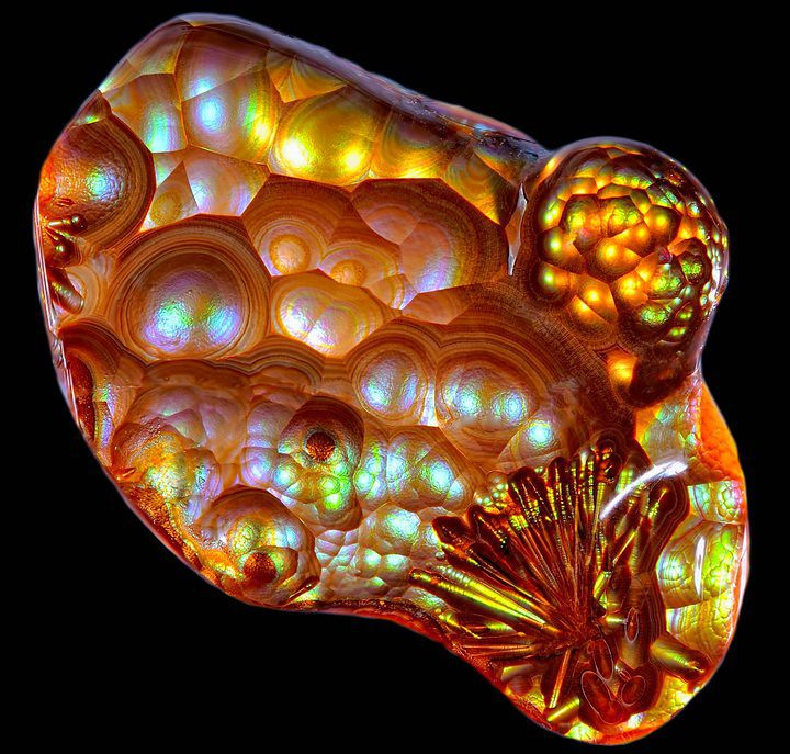 Fire Agate with amazing Sagenite Spray