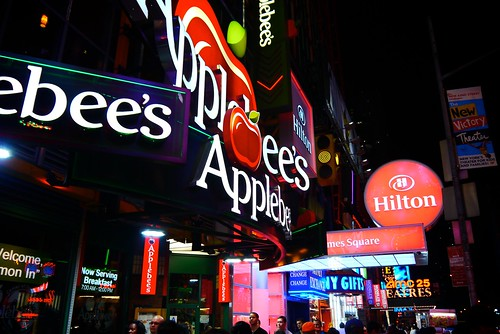 Applebees, Time Sq | by J.KARIL