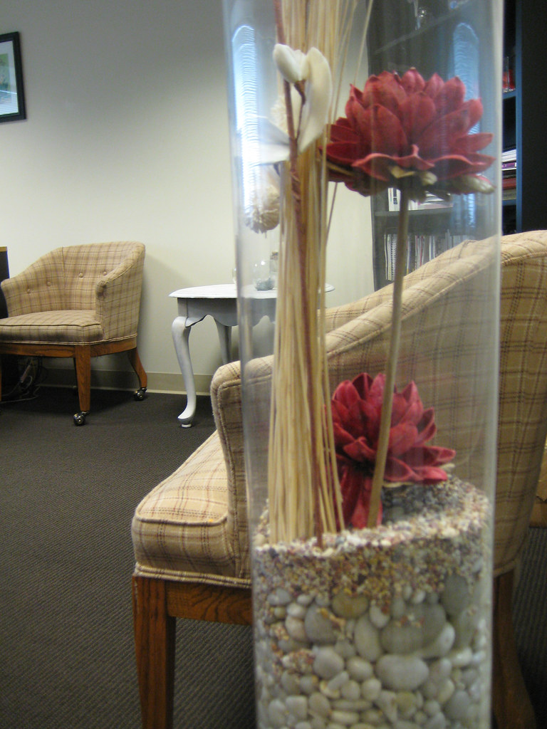 Large Vase Display | For a more bold statement, create a fre… | Flickr