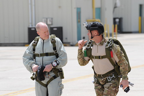 Air Guard Command Chief Master Sergeant Muncy visits 106th Rescue Wing | by New York National Guard