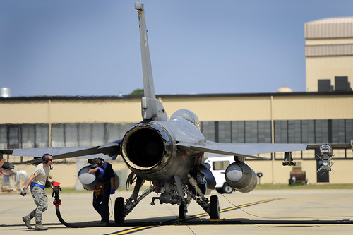 Hot pit refueling gets 79th FS pilots in and out | by Kenny Holston 21