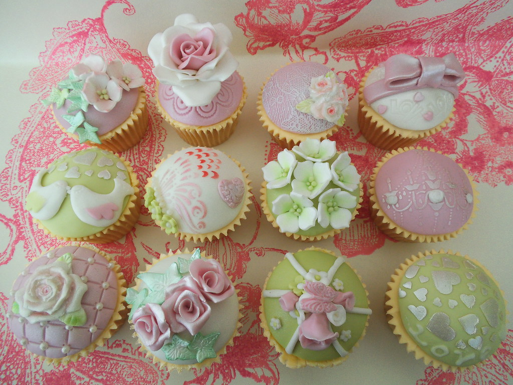 By Mon Cottage Cupcakes Vintage Cupcake Decorating Class