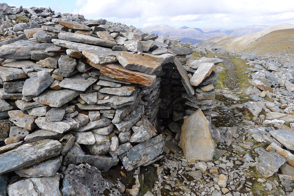 Wee shelter below Sgurr Mor