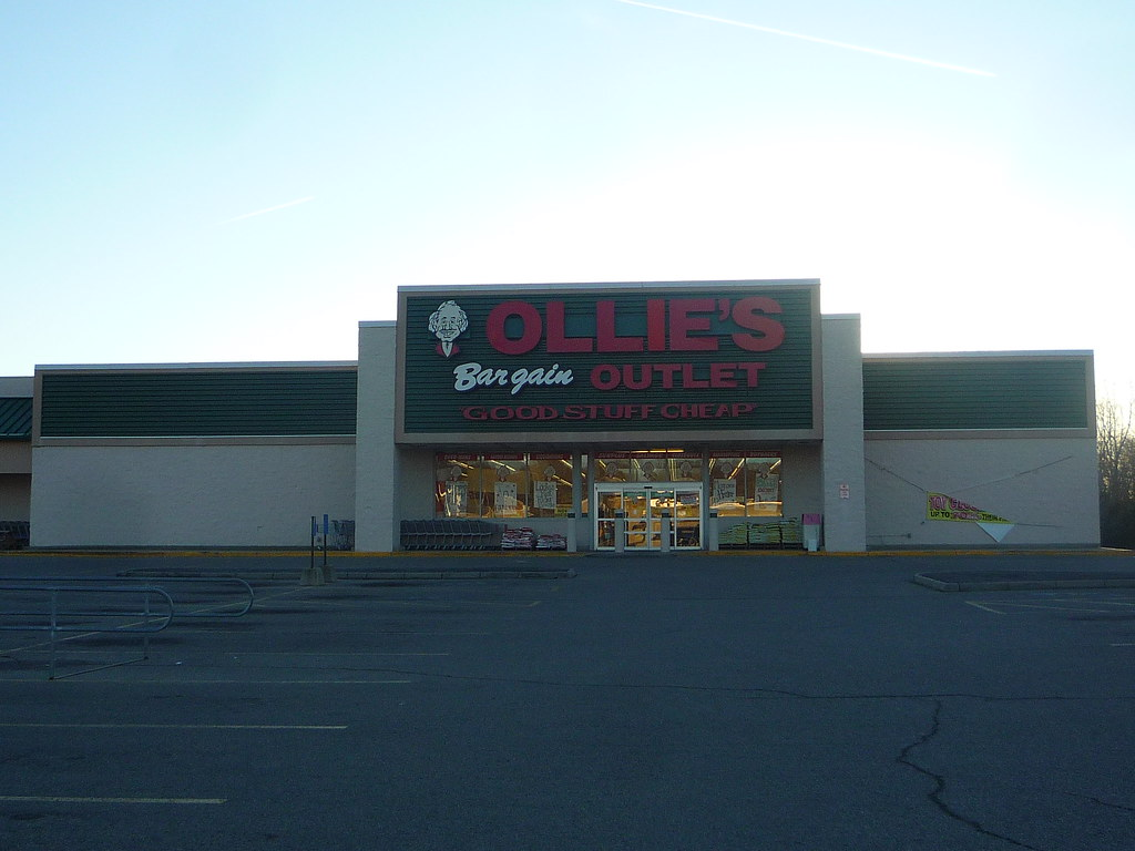 ... Ollie's Bargain Outlet, Springfield, OH (3)   by Ryan busman_49