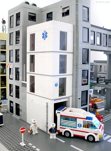 Hospital Lego City 39 S Hospital With Three Floors And A