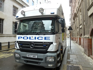 Avon & Somerset Police /  WX57 NRE / 5531 / Mercedes Axor / Horse Box | by CDF 4455