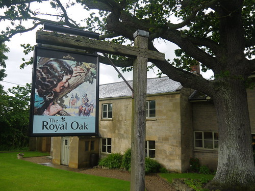 Royal Oak, Gretton
