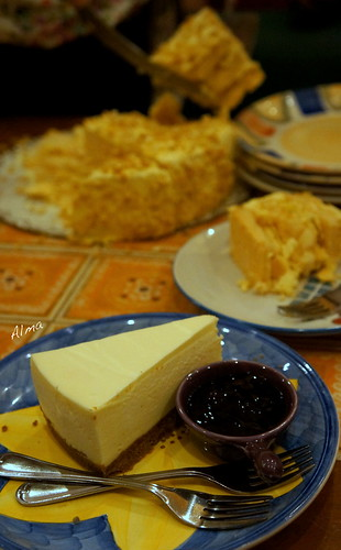 New York Cheesecake by Si Christina | by thincrust88