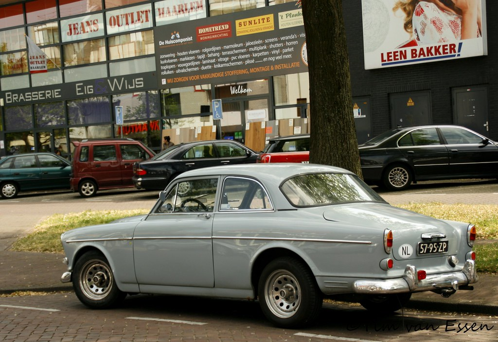 Vinyl Vloeren Outlet : Volvo amazon year of first registration: 1968. timvanessen flickr