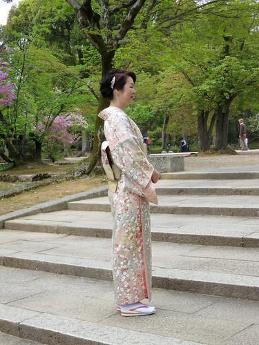 2012年4月 京都_768 | Wednesday, April 25, 2012 仁和寺 (Ninna-ji). L… | Flickrnew icn messageflickr-free-ic3d pan white