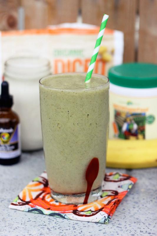 Mango Banana Green Smoothie - Gluten-free + Vegan