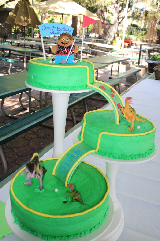 Miniature Golf Dinosaur Cake Super easy with this cake pil Flickr